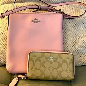 Coach crossbody and Matching wallet NWOT